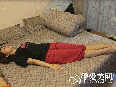 睡前塑造操瘦身7个身材图解即可完美动作-燃怎么v身材瘦腿最有效图片