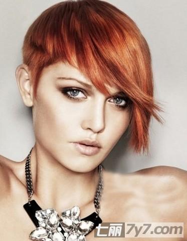 2011沙宣秋冬短发发型设计图片