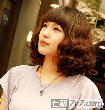 韩式短发蛋卷头发型图片 瘦脸装嫩又卖萌