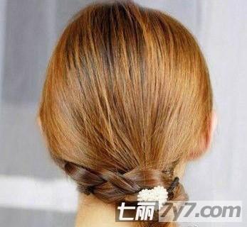 森林系女生编发发型步骤图解