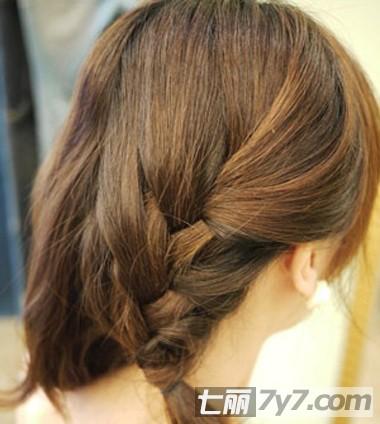 披肩短发怎么扎好看 韩式名媛风简单短发编发图解图片