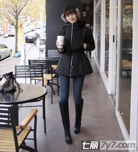 2013韩国冬季棉服最流行 时尚女装棉服清新搭配最养眼