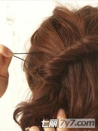 小女孩长头发怎么扎头发好看又简单图片