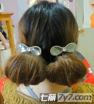 卡哇伊小花苞头发型扎法 diy超萌女生发型