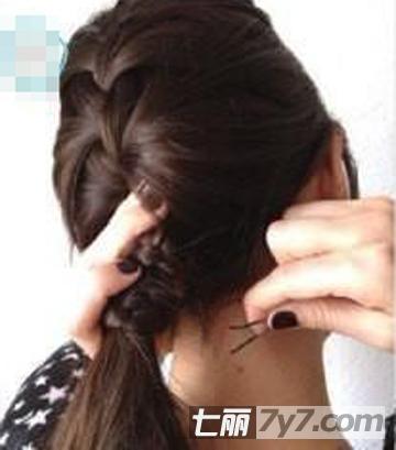 最新春季韩式扎发发型教程图解 五分钟快速简单扎法步骤提升气质