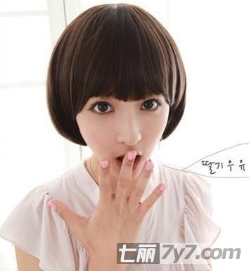 发型小a发型显瘦发型适合最IN人气恬静时尚-短适不自己打造短发测图片