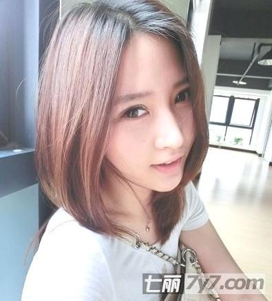 秋季超流行的女生短发发型 (395x437)图片图片