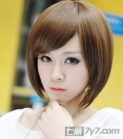 2014短发波波头发型图片 春夏轻松时尚造型