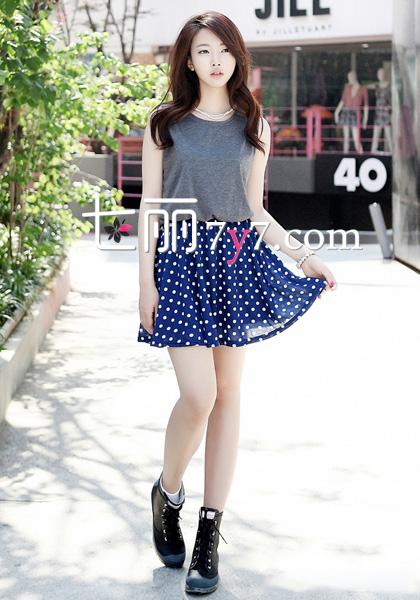 矮个子女生心机搭配 高腰a字短裙减龄又显瘦-娇小