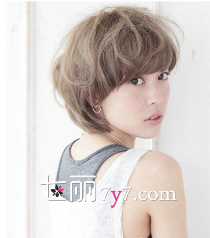 长脸适合什么齐刘海发型