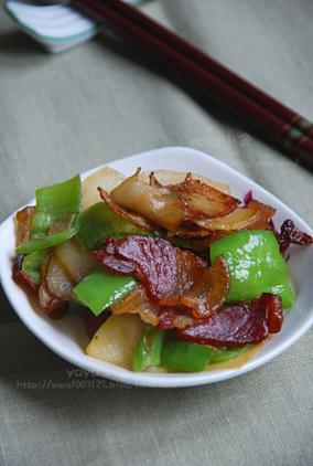 腊肉土豆片
