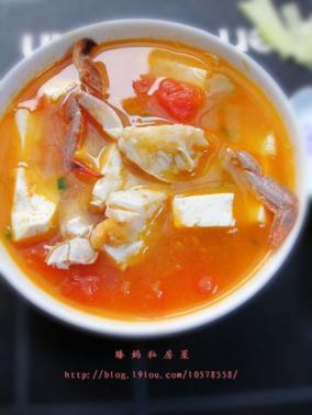 蕃茄梭子蟹豆腐煲