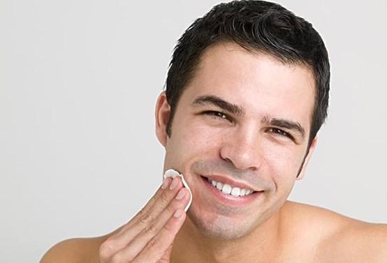 男士護膚方法的四個要不得